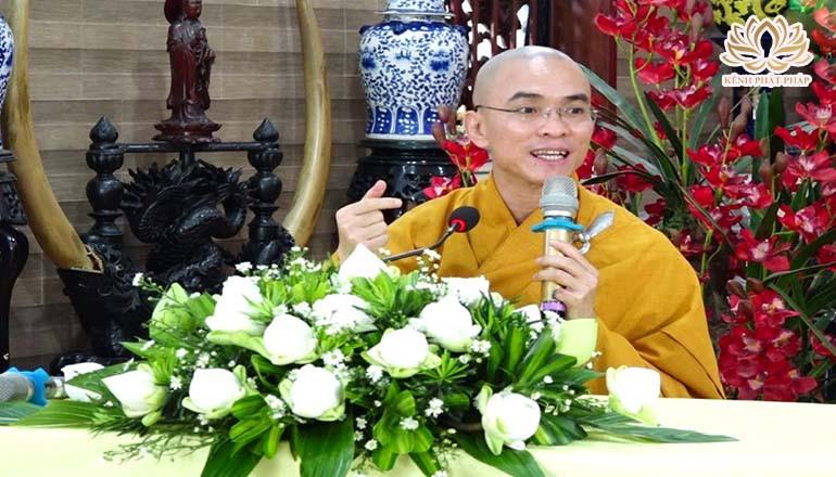 Vô chùa ăn cơm có mắc nợ nhà chùa không?