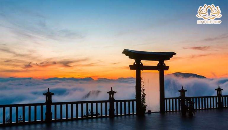 Chùa Linh Quy Pháp Ấn chốn bồng lai tiên cảnh giữa lòng phố núi Lâm Đồng
