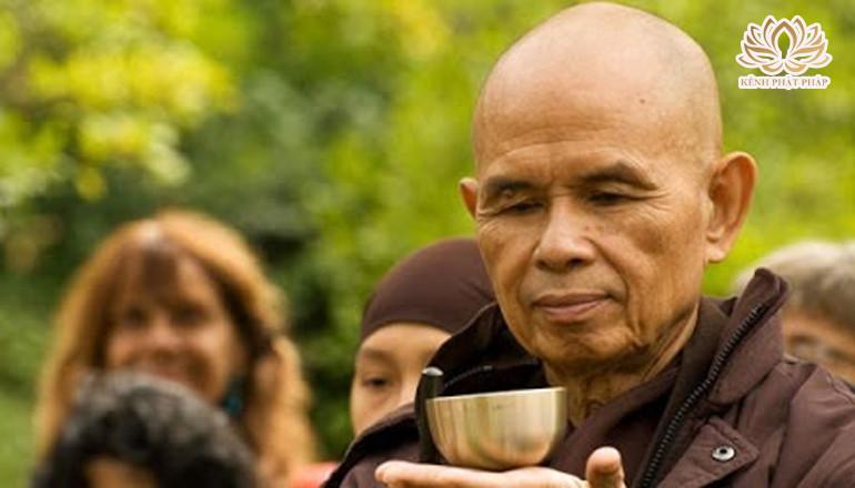 Thiền sư Thích Nhất Hạnh: Tu hành và dấn thân