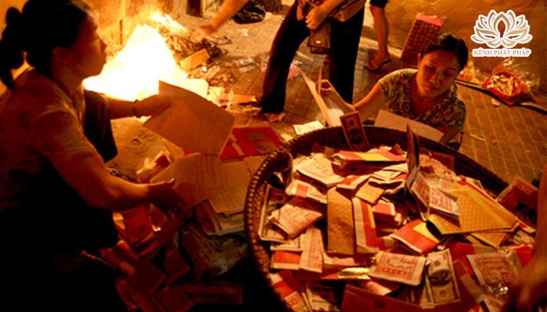 Tục đốt vàng mã dưới góc nhìn Phật giáo