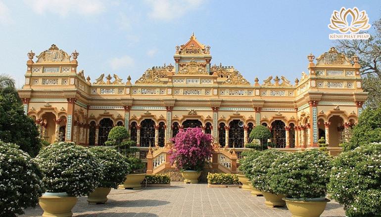 Top 5 ngôi chùa nổi tiếng linh thiêng nhất ở Tiền Giang