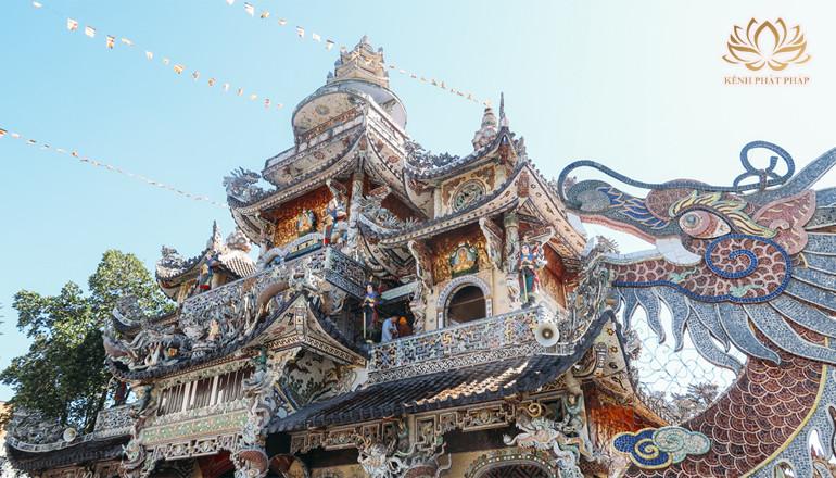 Chùa Linh Phước có kiến trúc nghệ thuật độc đáo ở Đà Lạt