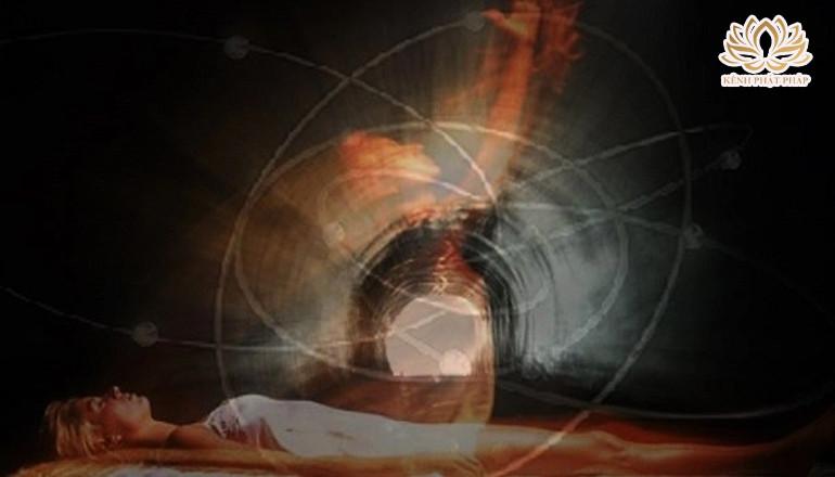 Linh hồn là gì? Có nên gọi hồn người mất hay không?