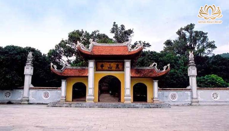 Chùa Côn Sơn nơi hội tụ tâm linh của đất Việt