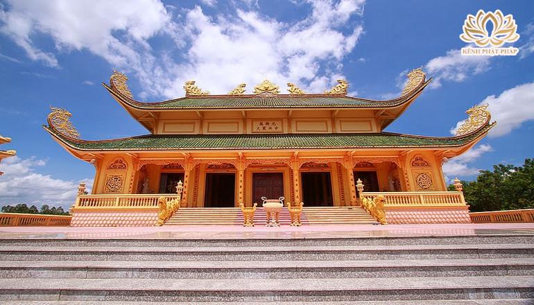 Chùa Đại Tòng Lâm một trong những ngôi chùa nhiều kỷ lục nhất ở Việt Nam