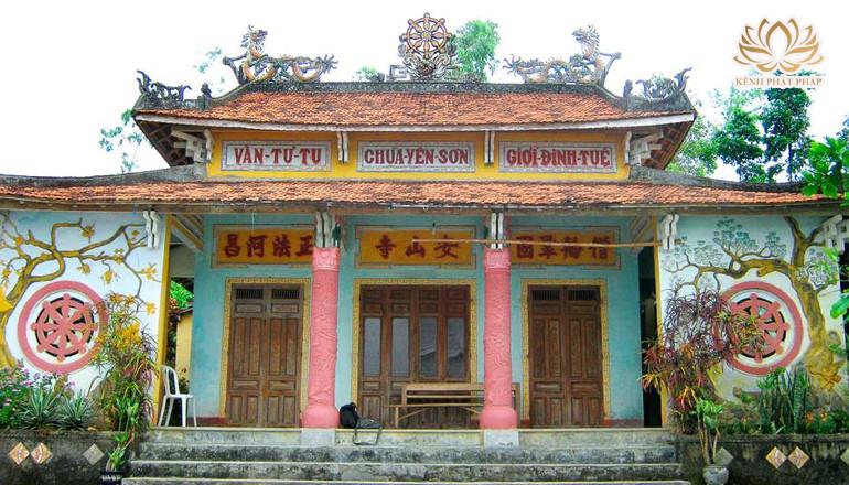 Chùa Yên Sơn nổi tiếng linh thiêng ở Quảng Nam