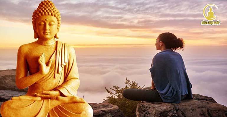 Lời phật dạy: Sở dĩ con người đau khổ là do theo đuổi những thứ sai lầm - biết lắng nghe cho đời bớt khổ