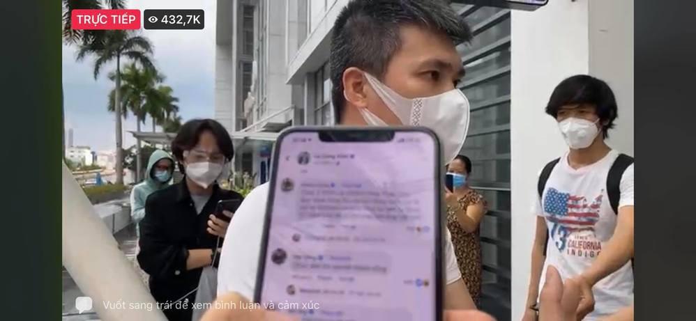 Bất ngờ trước gần 500k người xem livestream sao kê của Thủy Tiên - Hình 2