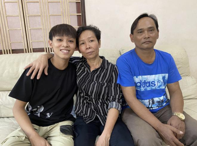 Ảnh độc quyền: Sau khi nhận toàn bộ tiền cát xê, tối 11/10 gia đình Hồ Văn Cường có còn ở nhà Phi Nhung? - Hình 8